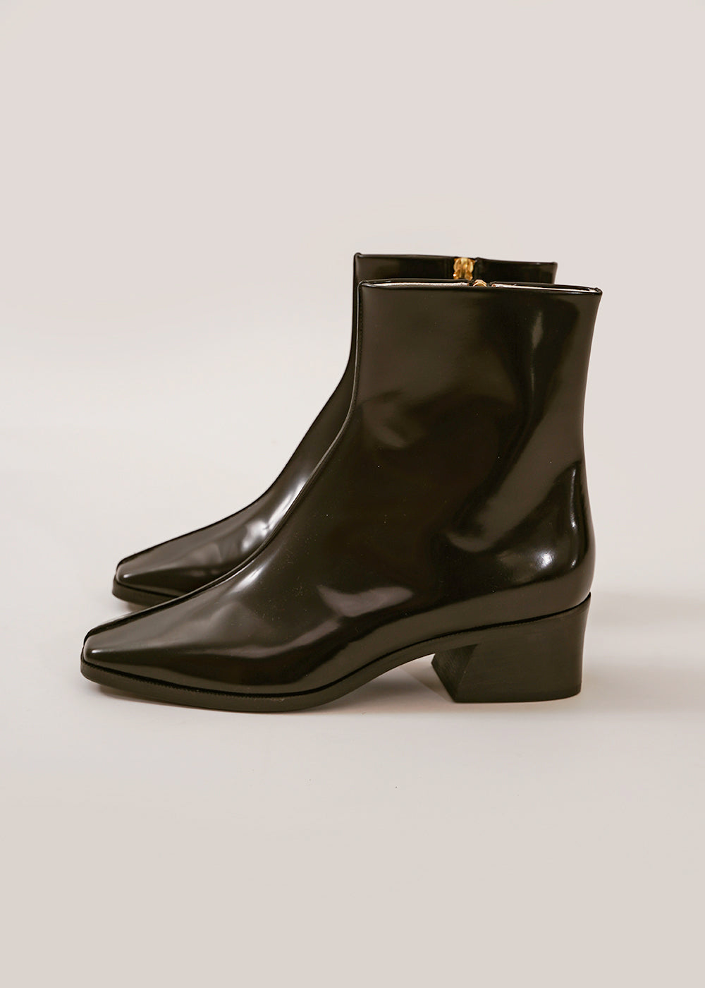 Black Welt Sole Boot