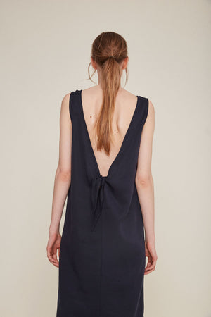 Rita Row Julie dress straight fit Dress V back knot detail | pipe and row