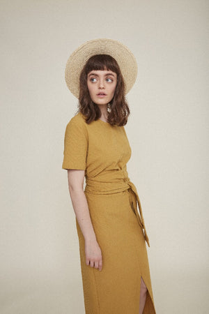 Rita Row Jianna maxi dress mustard searsucker short Sleeves | pipe and row
