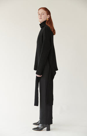 FRONT SEAM WIDE LEG TROUSERS