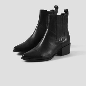 Vagabond Marja black leather gored ankle boots | pipe and row