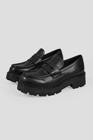 Vagabond Cosmo 2.0 chunky tread sole loafer 90's grunge | pipe and row