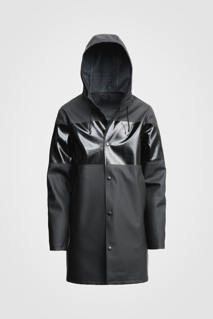 STUTTERHEIM Stockholm rain jacket matte black black opal shiny stripe| PIPE AND ROW