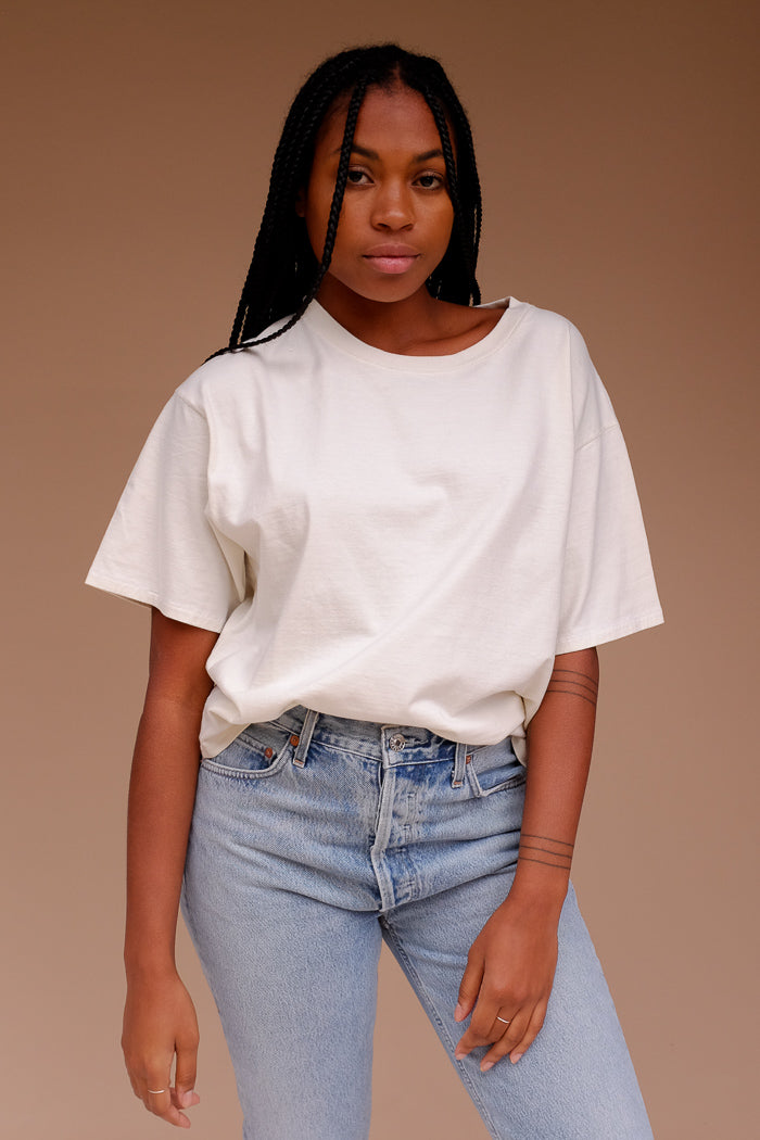 Filo sofia Jade tee is a subtly cropped, boxy t-shirt ethical | pipe and row