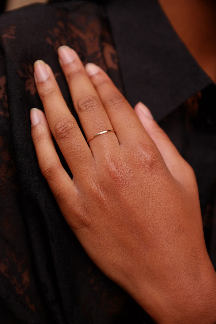 HAMMERED MEDIUM STACKING RING