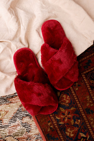 CRIMSON FUZZY SLIPPERS