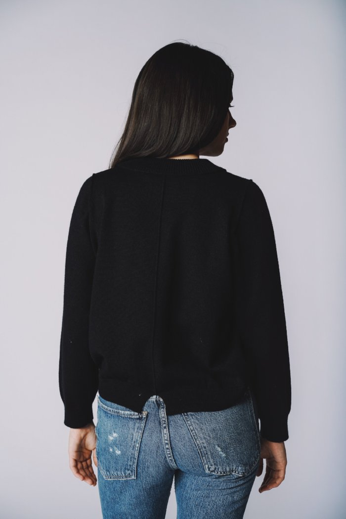 Knot Sisters Daily Sweater black | Pipe and Row Boutique