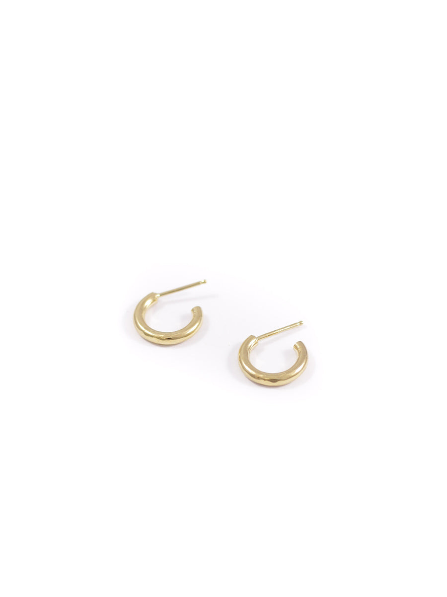 Wolf Circus jewelry Baby Gia hoop earrings gold | Pipe and Row Boutique