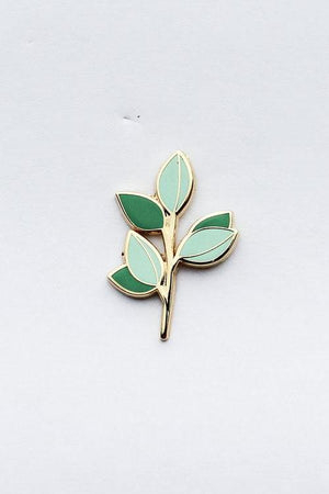 Eucalyptus branch pin Hemleva | pipe and row