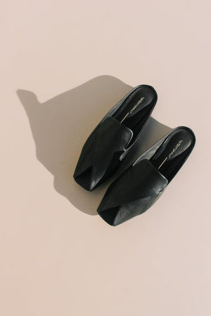Intentionally Blank Fortune black leather mule, loafer, slip ons | Pipe and Row