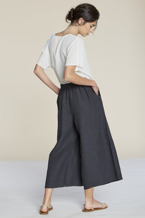Filosofia cropped linen Hailey Pants elastic waist ink | pipe and row seattle