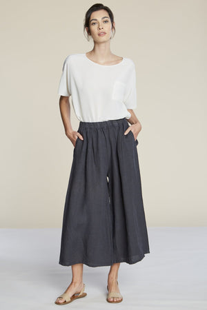 Filosofia cropped linen Hailey Pants elastic waist charcoal ink | pipe and row