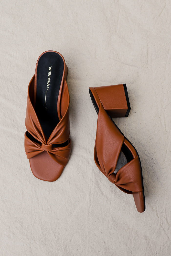 Intentionally Blank Hannah sandals buttery soft cognac tan | Pipe and Row