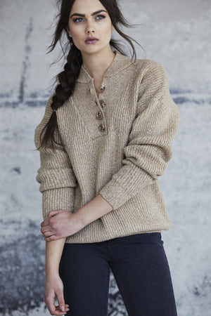 CALLAHAN HEATHERED CAMEL HENLEY PULLOVER SWEATER | PIPE AND ROW SEATTLE