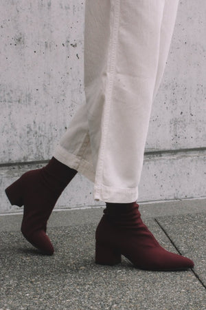 Mya stretch ankle boot deep wine red Vagabond | Pipe and Row boutique
