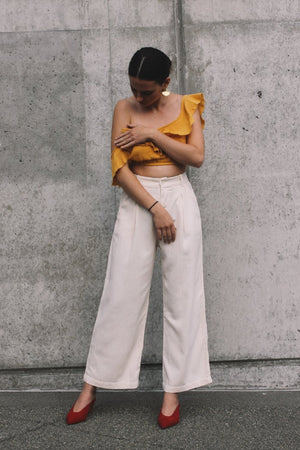 Rue Stiic Anza linen crop top honey yellow | Pipe and row