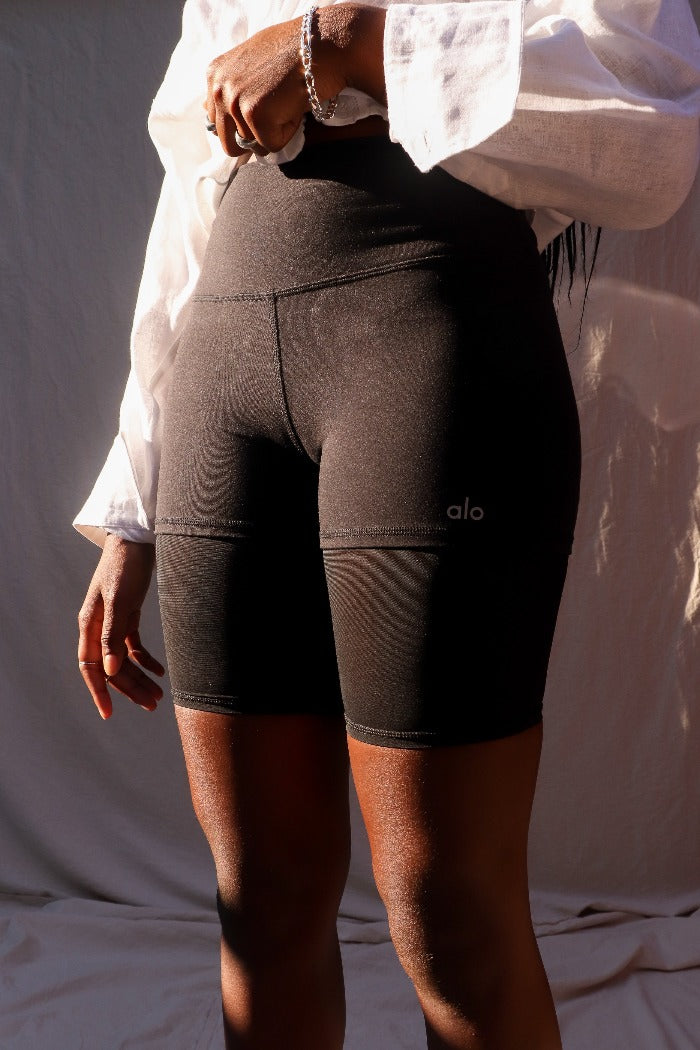HIGH WAIST LAVISH BIKE SHORTS BLACK