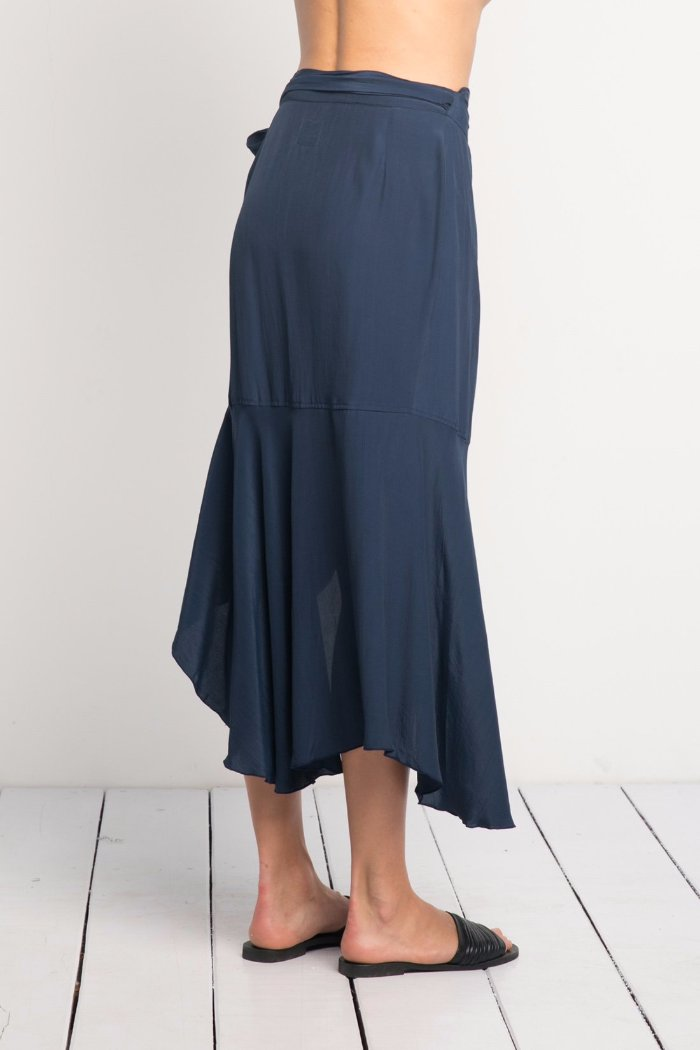 Rue Stiic Lea Wrap Skirt navy Ruffle Rue Stiic | Pipe and Row Fremont Holiday shopping