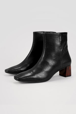 Vagabond black leather square toe Leah Boots tortoise heel | pipe and row