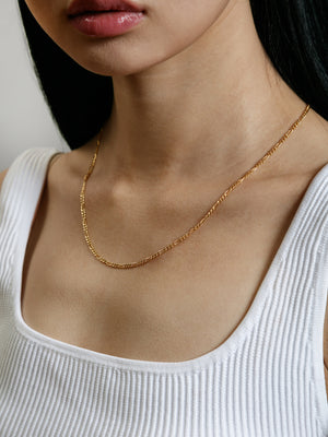 "Wolf Circus Jewelry Mila necklace 20"" Figaro chain gold 