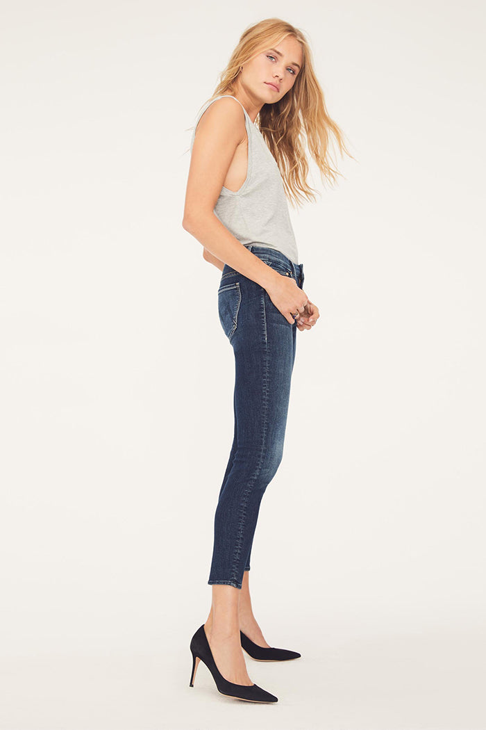 Mother denim skinny Looker Crop dark blue on the edge wash | Pipe and Row