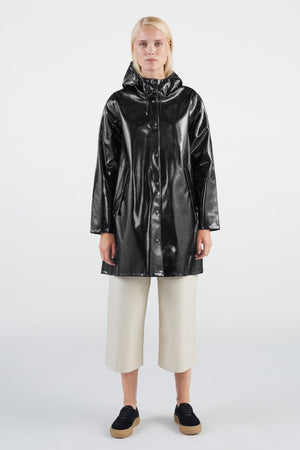 a line patent black rain coat sutterheim moseback | pipe and row