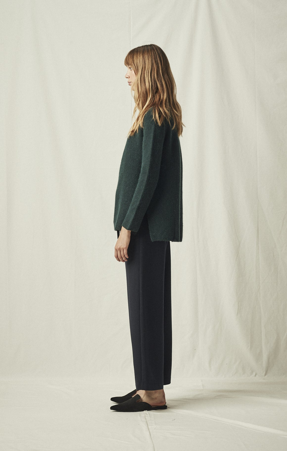 SIDE SLIT WHOLE GARMENT PULLOVER DARK GREEN