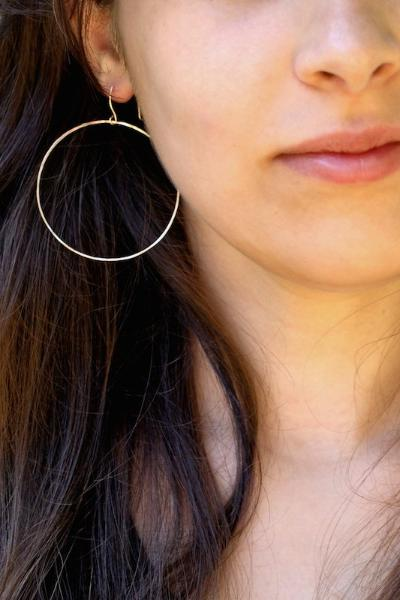 Simple Hammered Hoop Earrings | Seattle Boutique Pipe and Row
