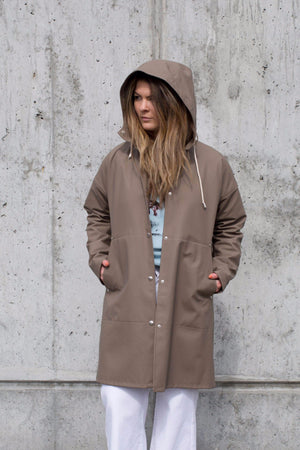 STUTTERHEIM SOLNA RAIN JACKET MOLE | PIPE AND ROW