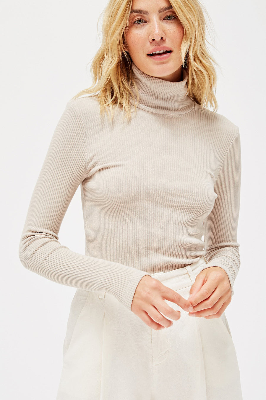 RIBBED TURTLENECK SWEATER OATMEAL