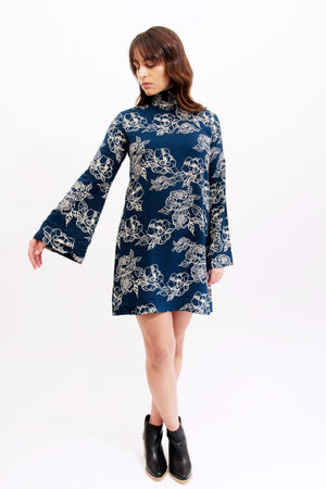 Rue Stiic Tinley navy floral dress | Pipe and Row Seattle Boutique