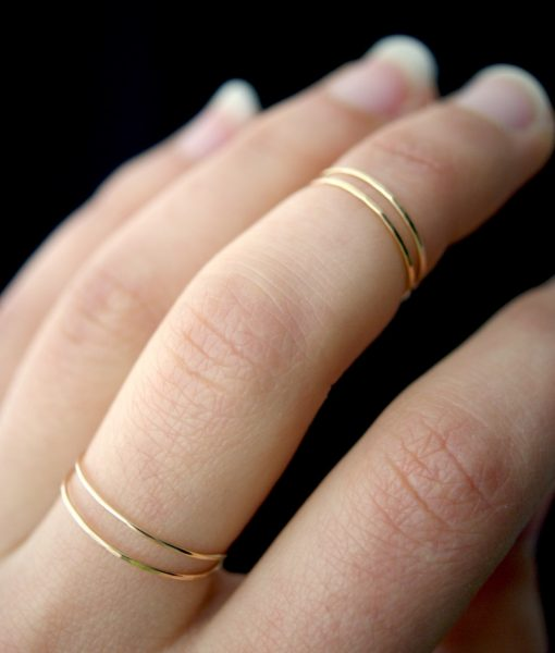 SMOOTH THIN STACKING RING ROSE GOLD