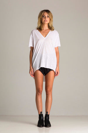 V NECK COULD TEE WHITE | PIPE AND ROW SEATTLE LOCAL BOUTIQUE