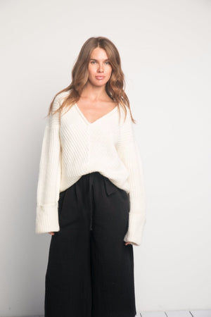 V-Neck knit sweater white Rue Stiic Pipe and Row Seattle Shopping