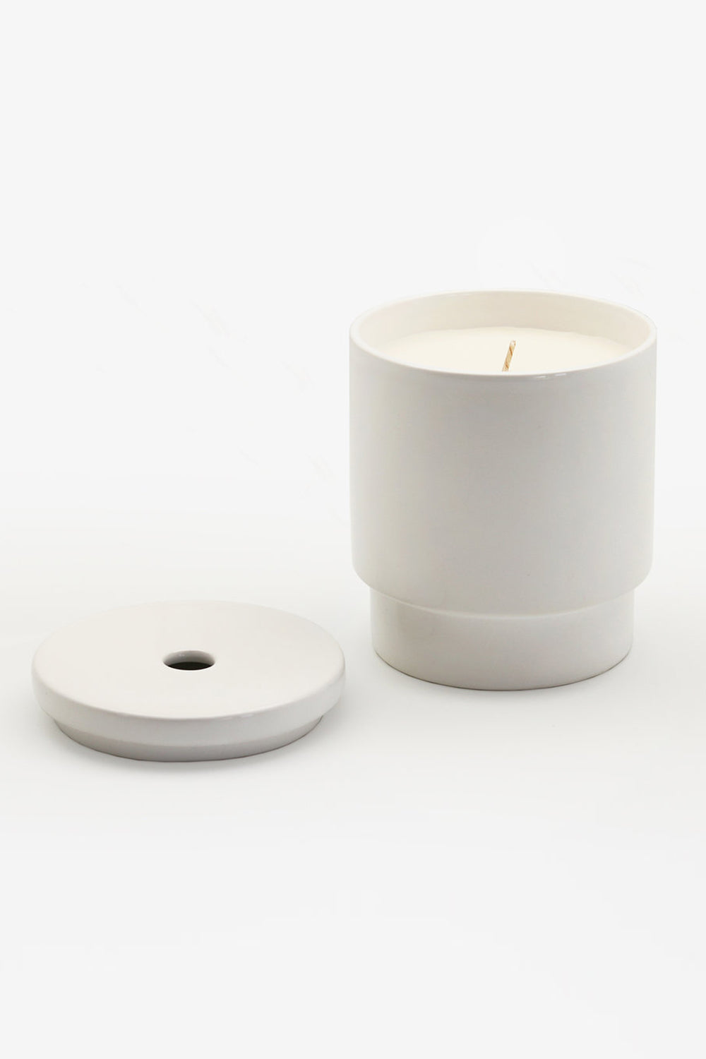 Night Space Pure White lavandin African cucumber cedarwood candle | PIPE AND ROW