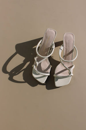 Intentionally Blank shoes cream white leather Willow sandal heel strappy 90's | pipe and row