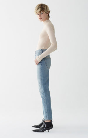 90's mid rise loose fit jeans light blue Reunion Agolde | PIPE AND ROW seattle