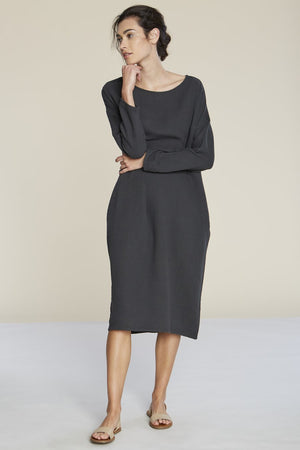 Filosofia Ava textured cotton midi dress tarmac grey | pipe and row