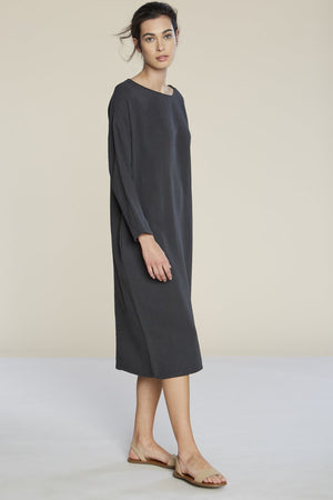 Filosofia Ava textured cotton midi dress tarmac grey charcoal | pipe and row