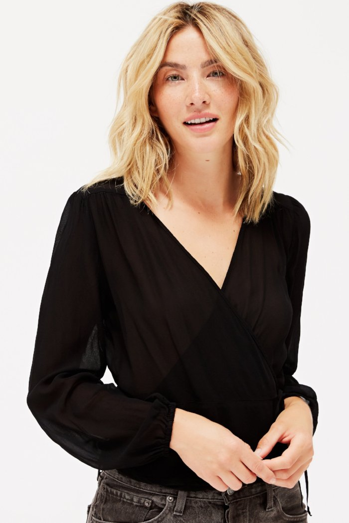 Lacausa Bonnie Top easy sheer wrap top made in the USA | pipe and row