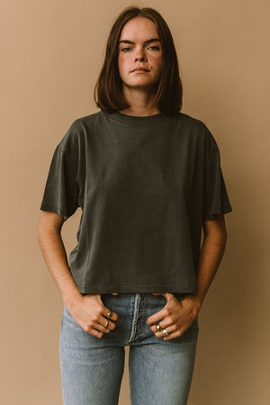 Filo sofia Jade tee grey subtly cropped boxy t-shirt ethical | pipe and row