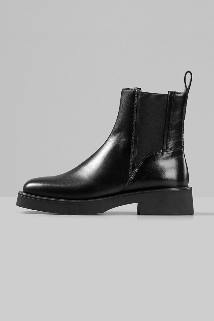 Vagabond Carmen chelsea anklet boot square toe black leather | pipe and Row
