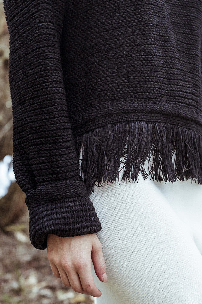 RUE STIIC BLACK CROPPED KNIT WITH FRINGE | PIPE AND ROW