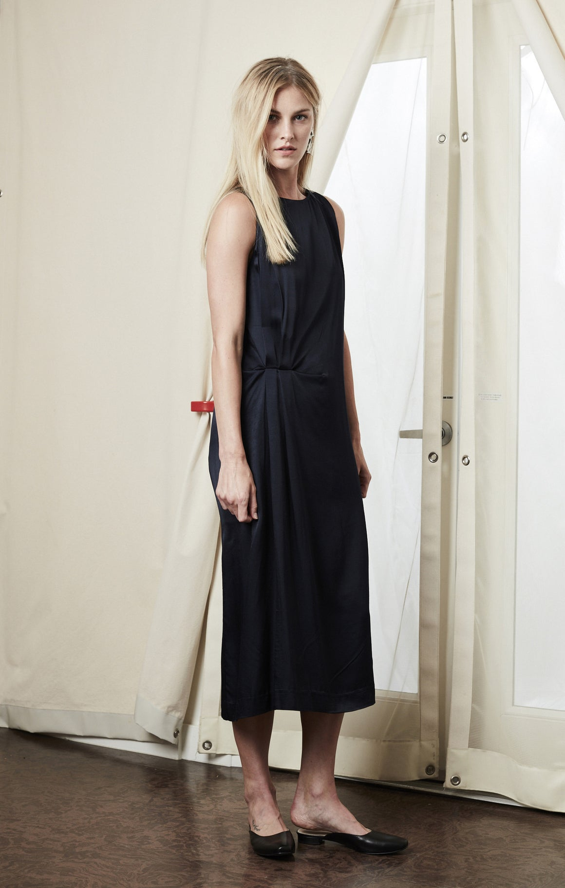 drape midi dress navy achro | pipe and row