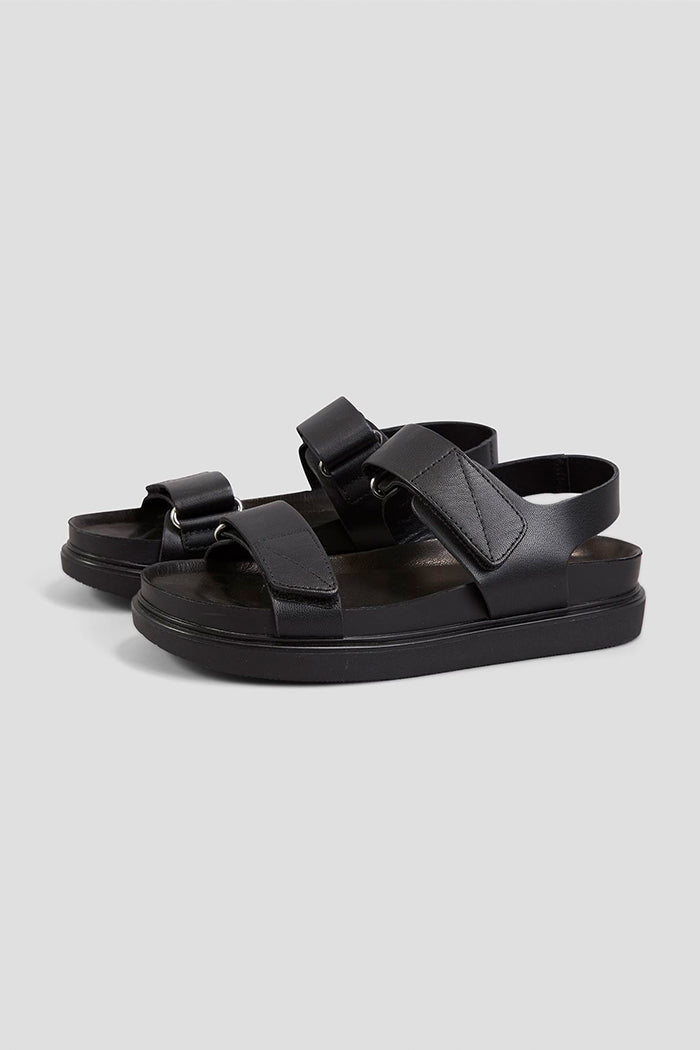 Vagabond Erin platform sandal velcro black leather | Pipe and Row