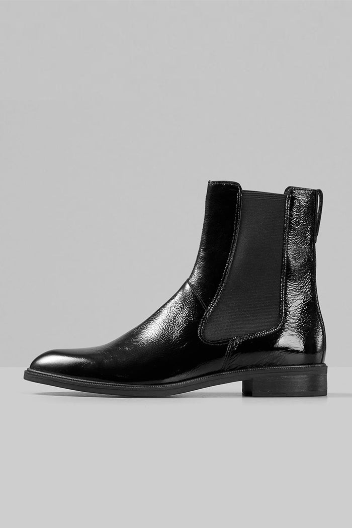 Vagabond Frances sleek chelsea boot patent black leather | Pipe and Row