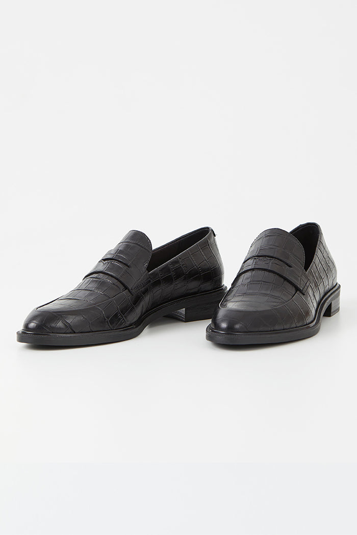 Vagabond Frances black croc-embossed leather loafers slender | Pipe and Row