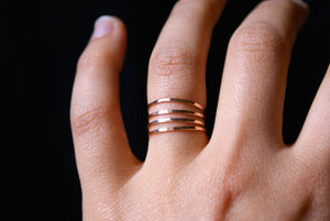hammered stacking ring rose gold medium hannah naomi | pipe and row