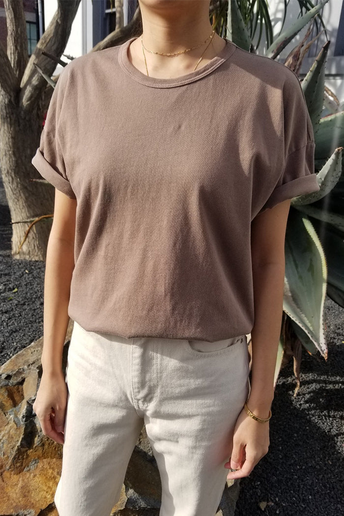 Le Bon Shoppe Her tee chocolat brown | pipe and row boutique