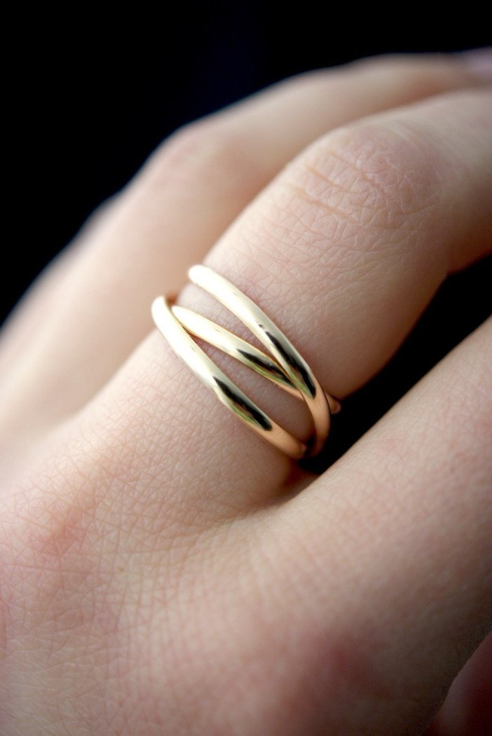 INFINITY SPIRAL RING